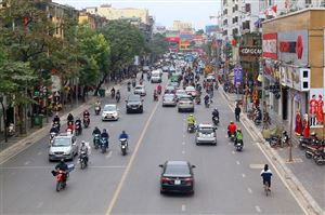Những tuyến phố được xén thảm cỏ, mở rộng đường ở thủ đô